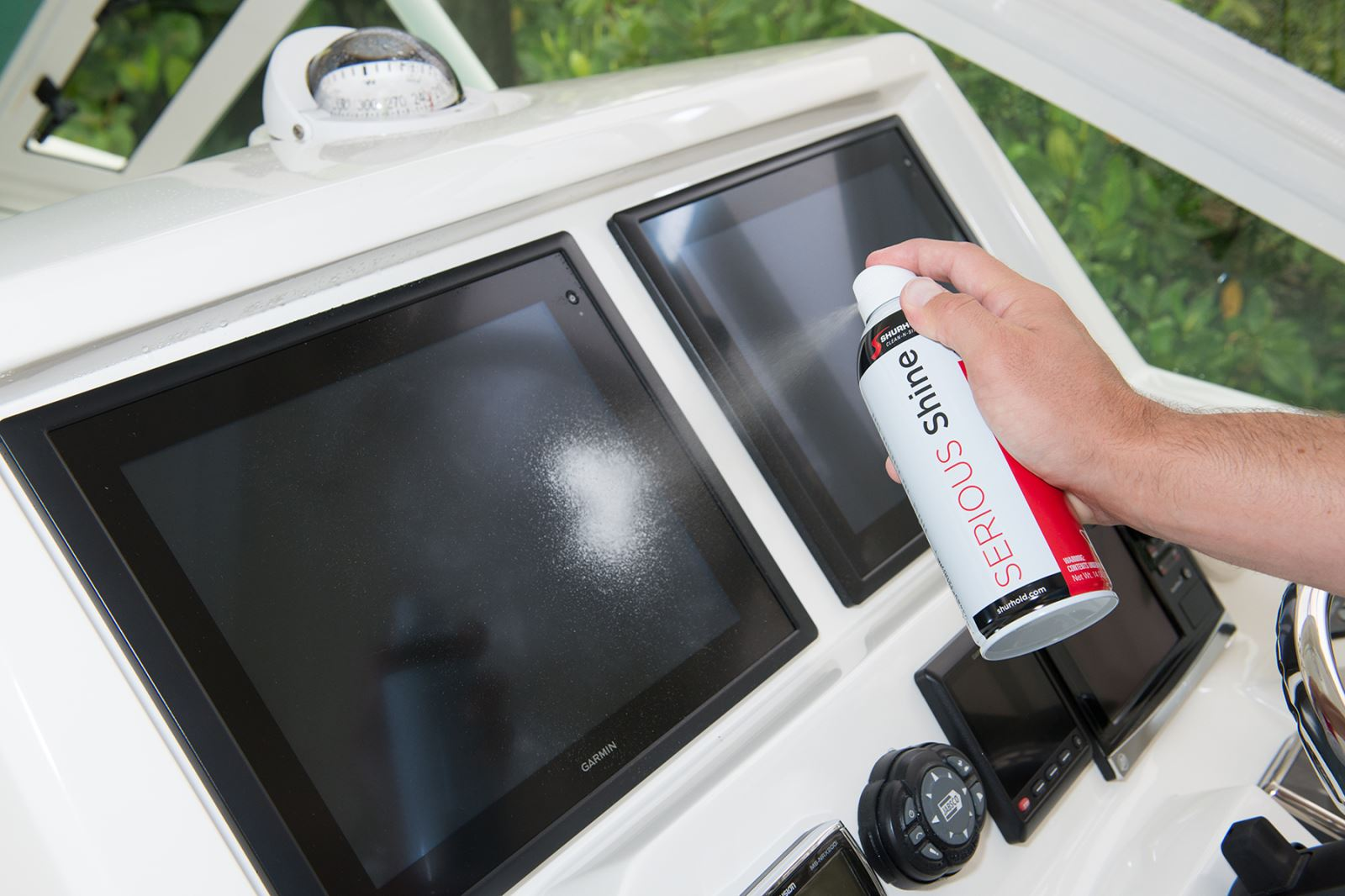 Spray, Wipe and Touchscreens are Completely Clean | Great Lakes Boating